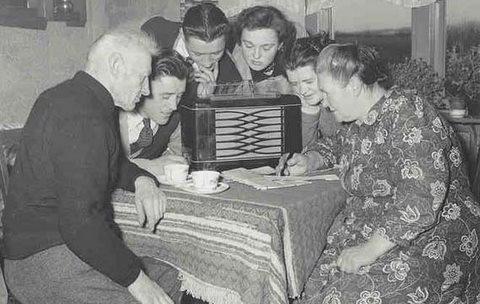 RadioListening