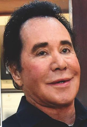 Wayne-Newton-Family-Dogs-Saved-Us-From-Thugs